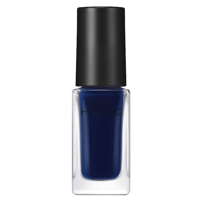 藏藍色指甲油