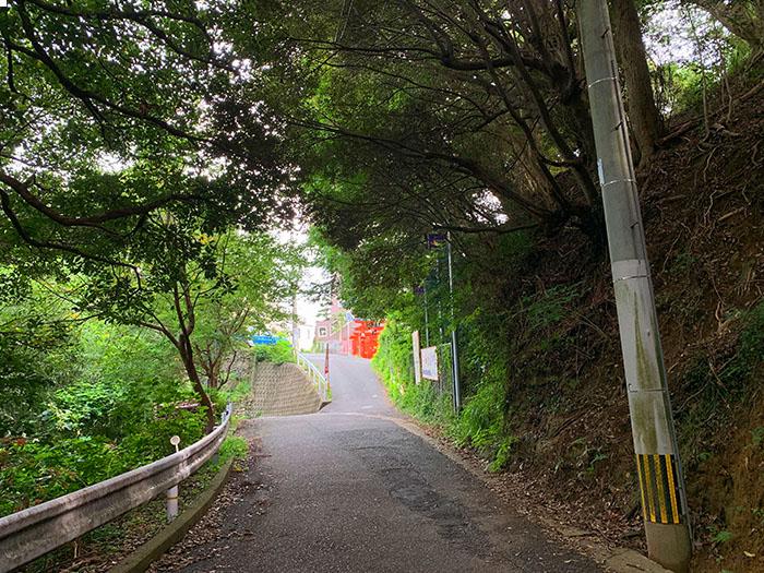福岡鷲尾愛宕神社 柏油路