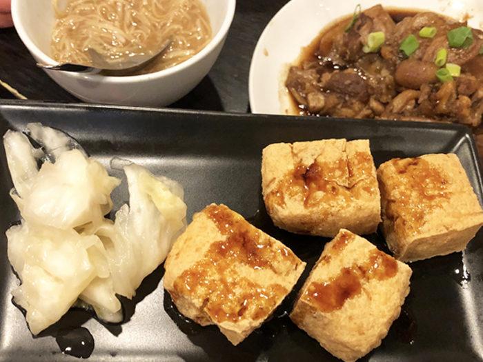 台灣麵線 臭豆腐